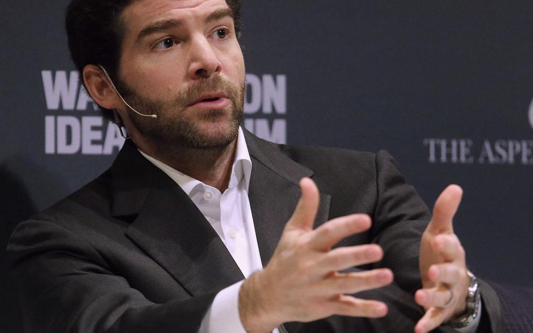 Can you identify LinkedIn CEO Jeff Weiner's watch?