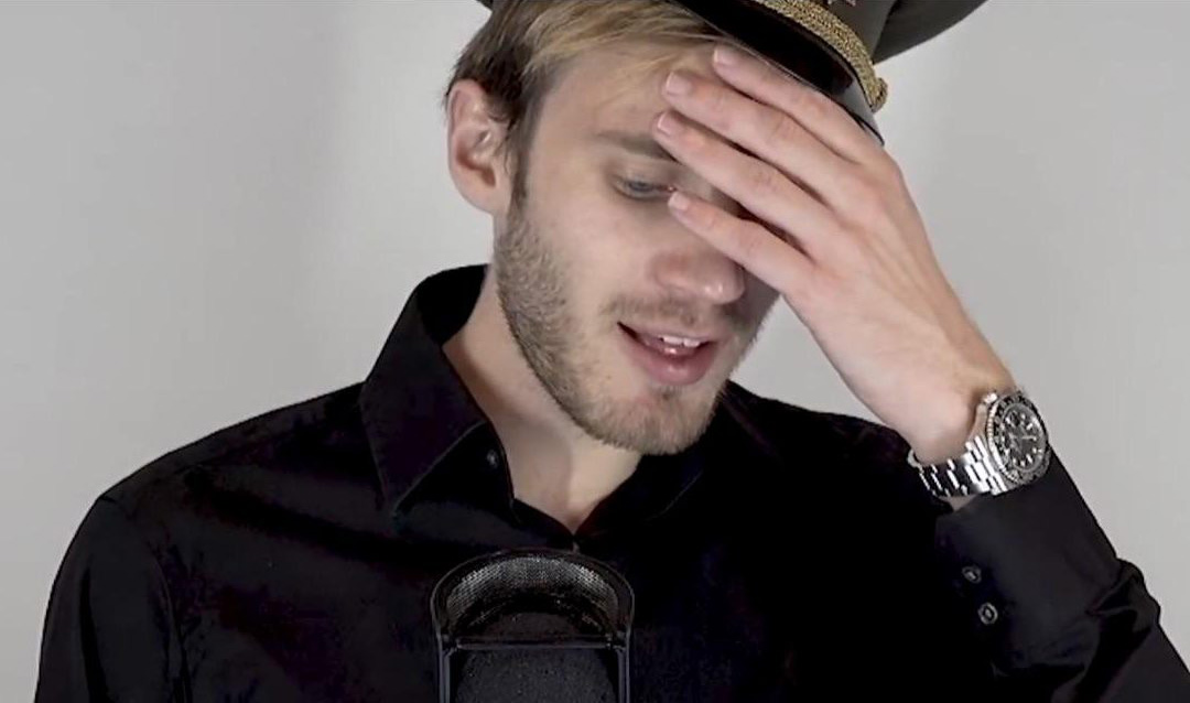 Can you identify PewDiePie's watch on this Livestream?